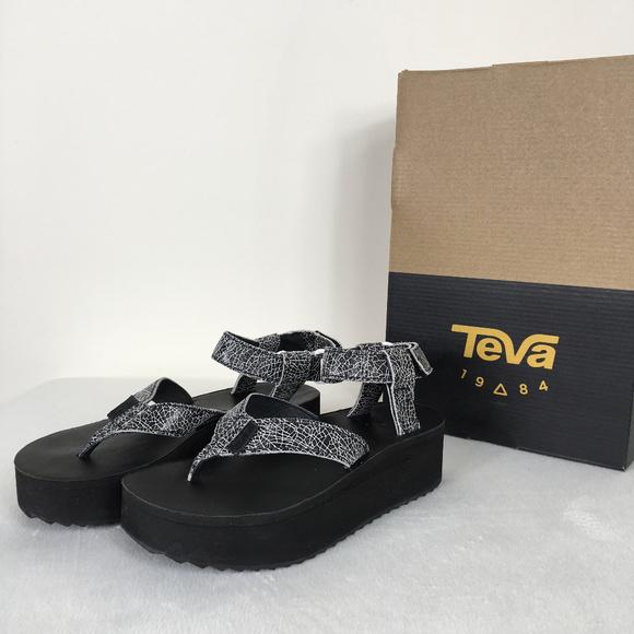 92ff3b0b3ec  Teva  Black White Flatform Sandal Crackle